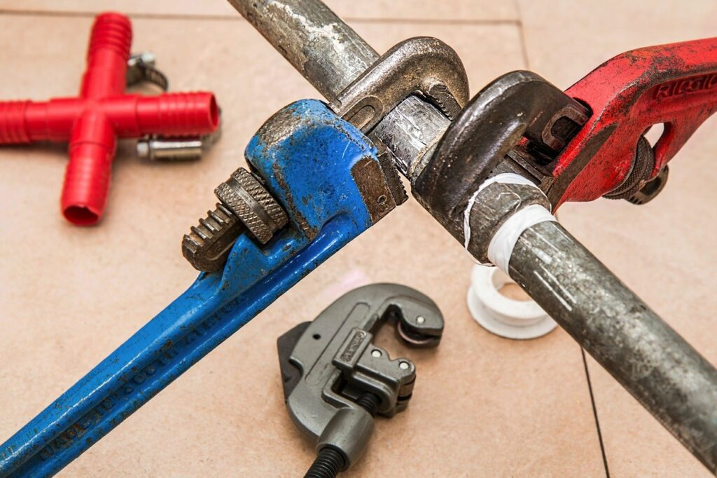 plumbing, pipe, wrenches-840835.jpg